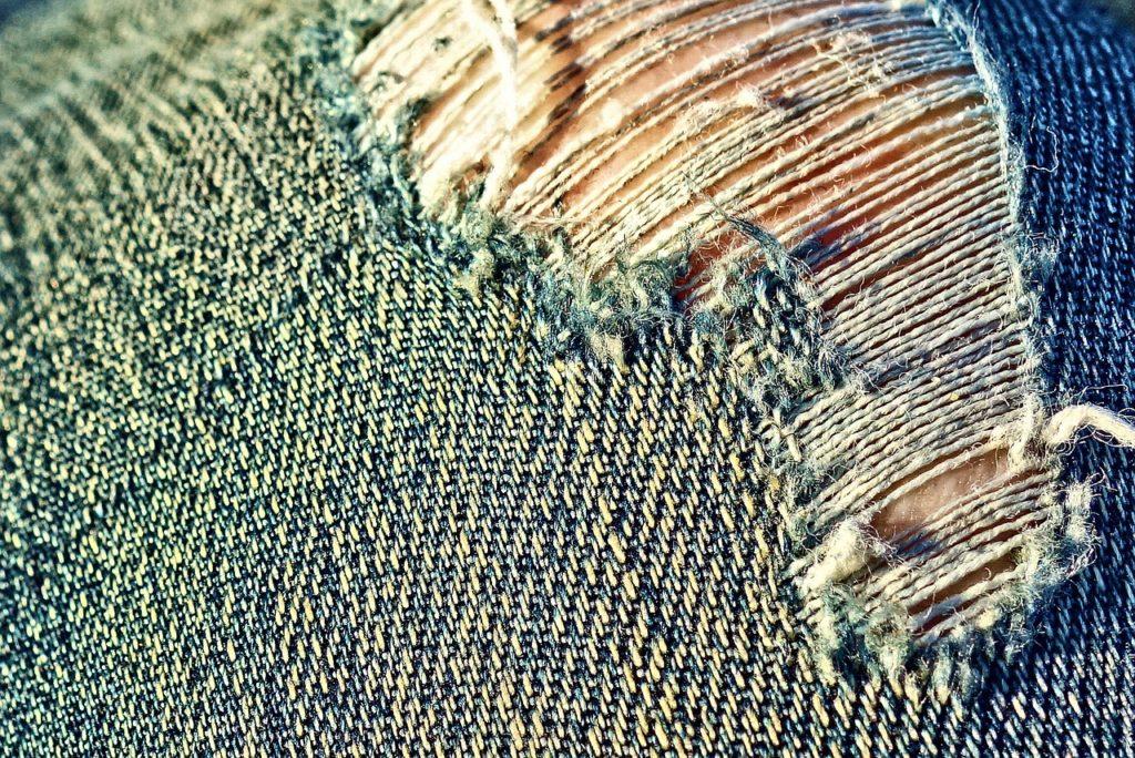 Pękanie nitki jeansowej