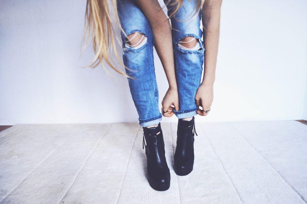 Przyczyny reklamacji jeansów