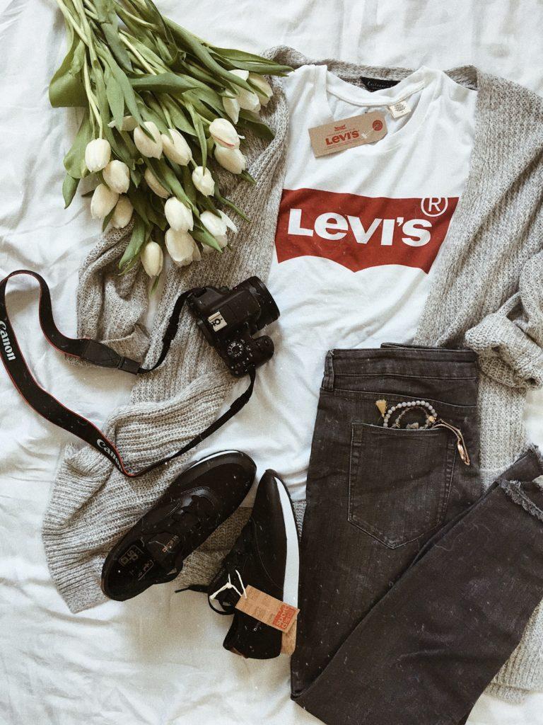 Spodnie i t-shirt Levi's