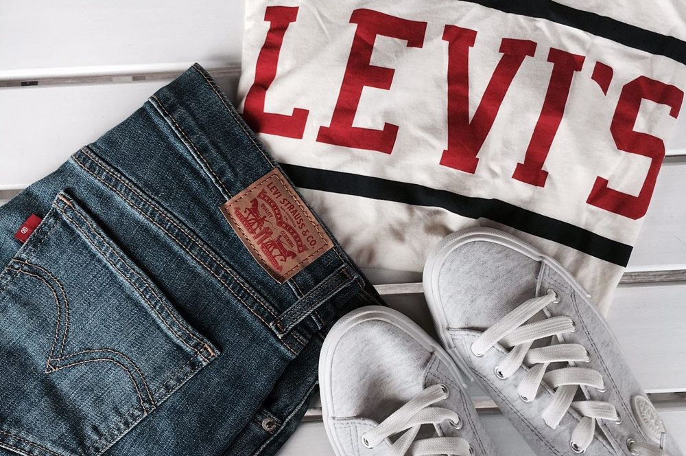 Levi's Two Horse